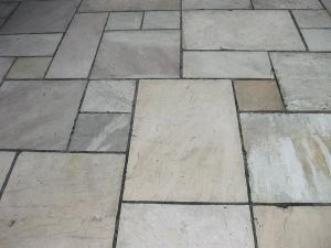 italian sandstone paving multi size